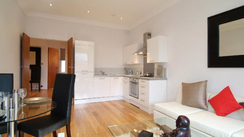 1 bed flat to let, Airlie Gardens - London Central Portfolio Limited