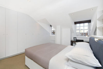 2 bed flat to let, York Place Mansions, Baker Street - London Central Portfolio Limited
