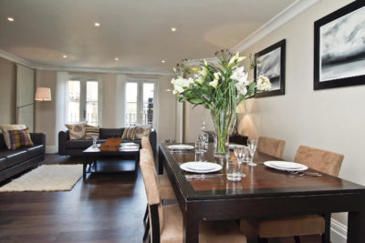 2 bed flat to let, Beauchamp Place - London Central Portfolio Limited
