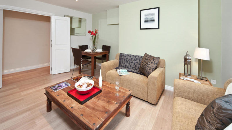 1 bed flat to let, Abbotts Chambers, Bishopsgate - London Central Portfolio Limited