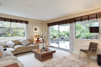 3 bed flat to let, Kensington Heights, Campden Hill Road - London Central Portfolio Limited
