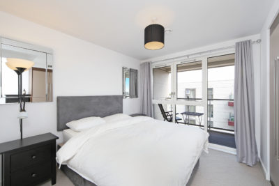 1 bed flat to let, Courtyard Apartments - London Central Portfolio Limited