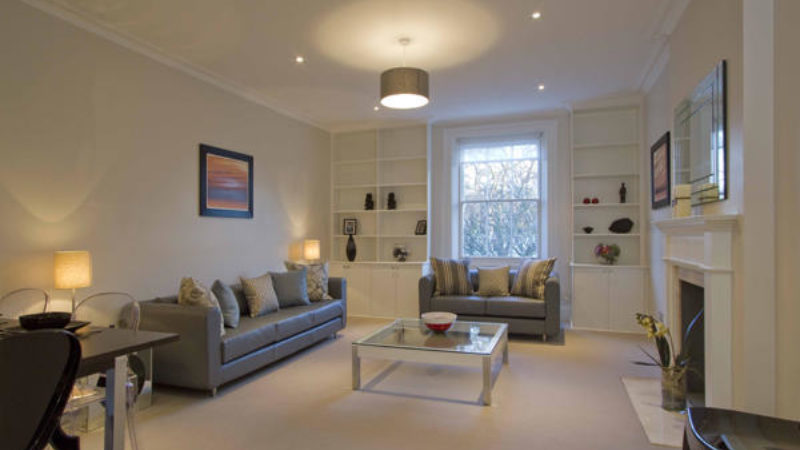 2 bed flat to let, Eccleston Square - London Central Portfolio Limited