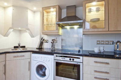 1 bed flat to let, Pembridge Crescent - London Central Portfolio Limited