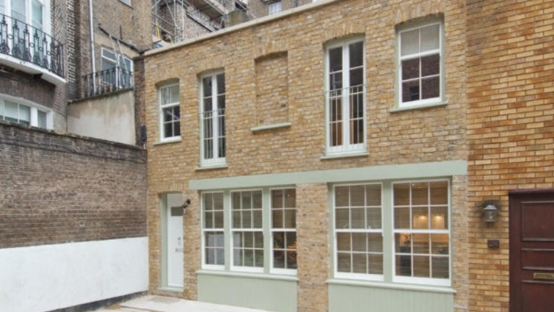 3 bed flat to let, Smallbrook Mews - London Central Portfolio Limited