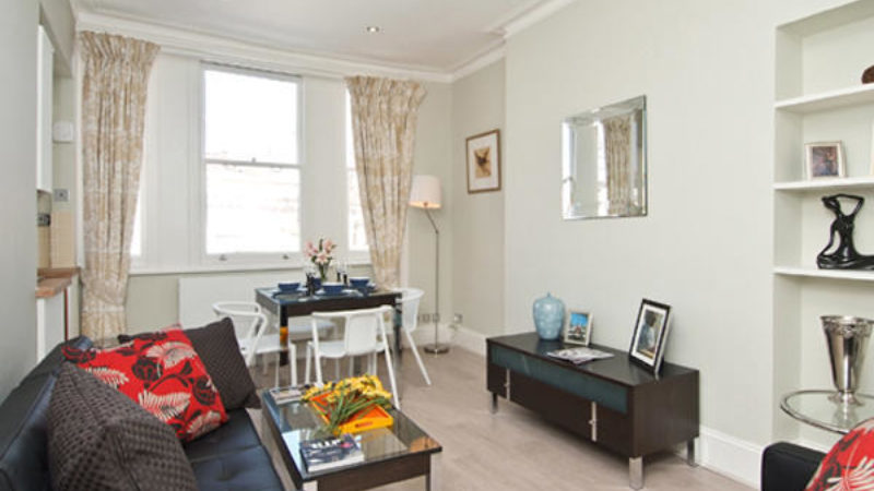 1 bed flat to let, Stratford Road - London Central Portfolio Limited