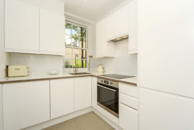 2 bed flat to let, Warwick Chambers - London Central Portfolio Limited
