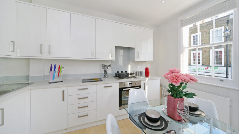 2 bed flat to let, Warwick Way - London Central Portfolio Limited