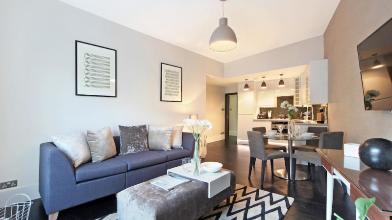 1 bed flat to let, Bayswater Mansions, Westbourne Grove - London Central Portfolio Limited